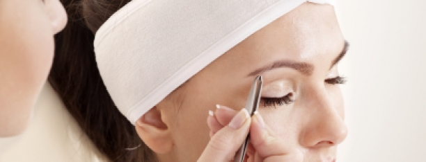 Eyebrow Shaping Services Philadelphia at demė
